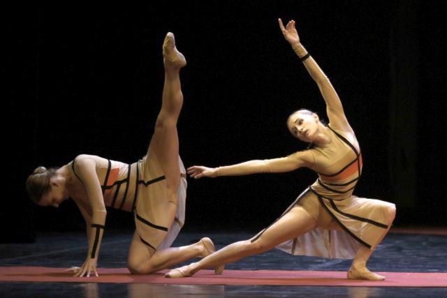 Dan hrvatskog baleta - Triptih East/West