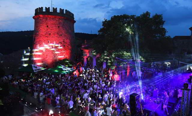 Trsat Castle party